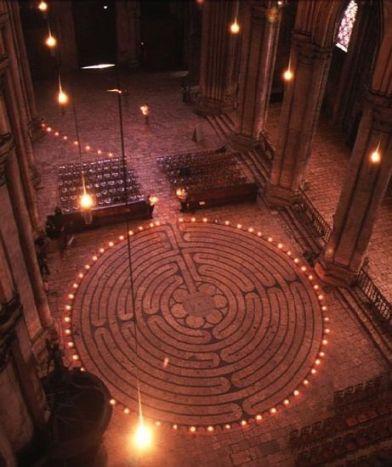 labirintul de la Chartres