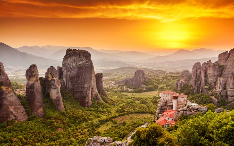 meteora_monastery_sunset_greece-wide.jpg